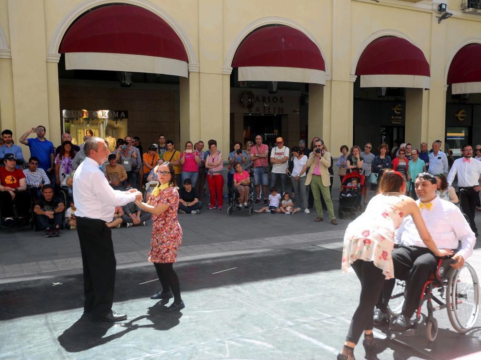 """Danza-teatro para """"potenciar la diferencia"""" en el escenario"""