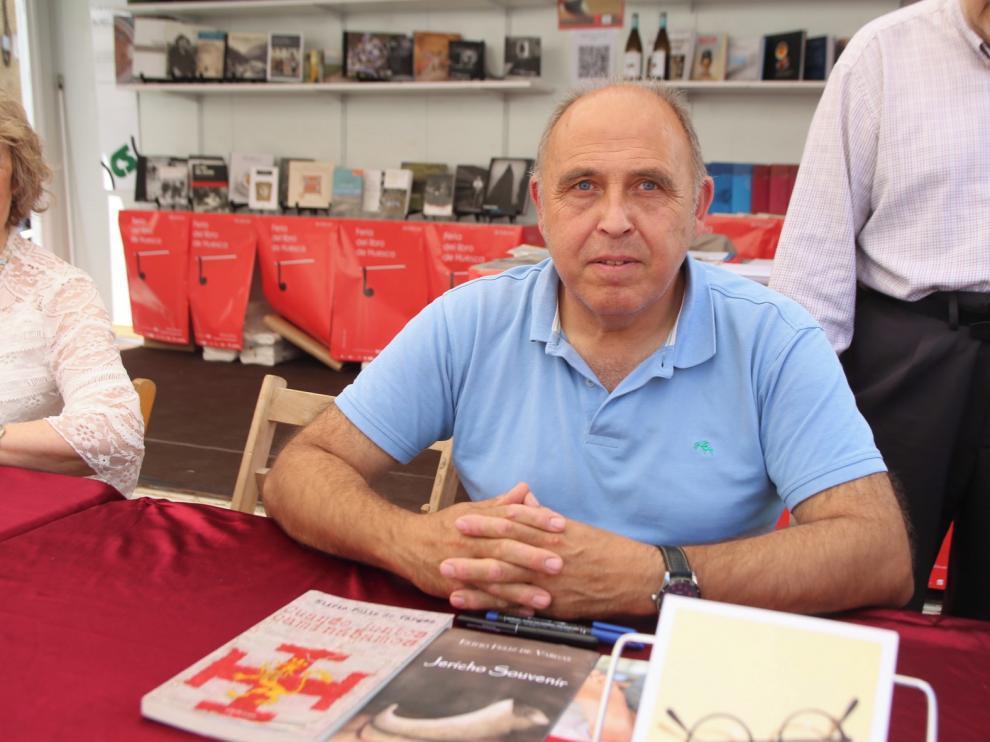 El autor madrileño Jacobo Armero debuta en la cita con su primer libro