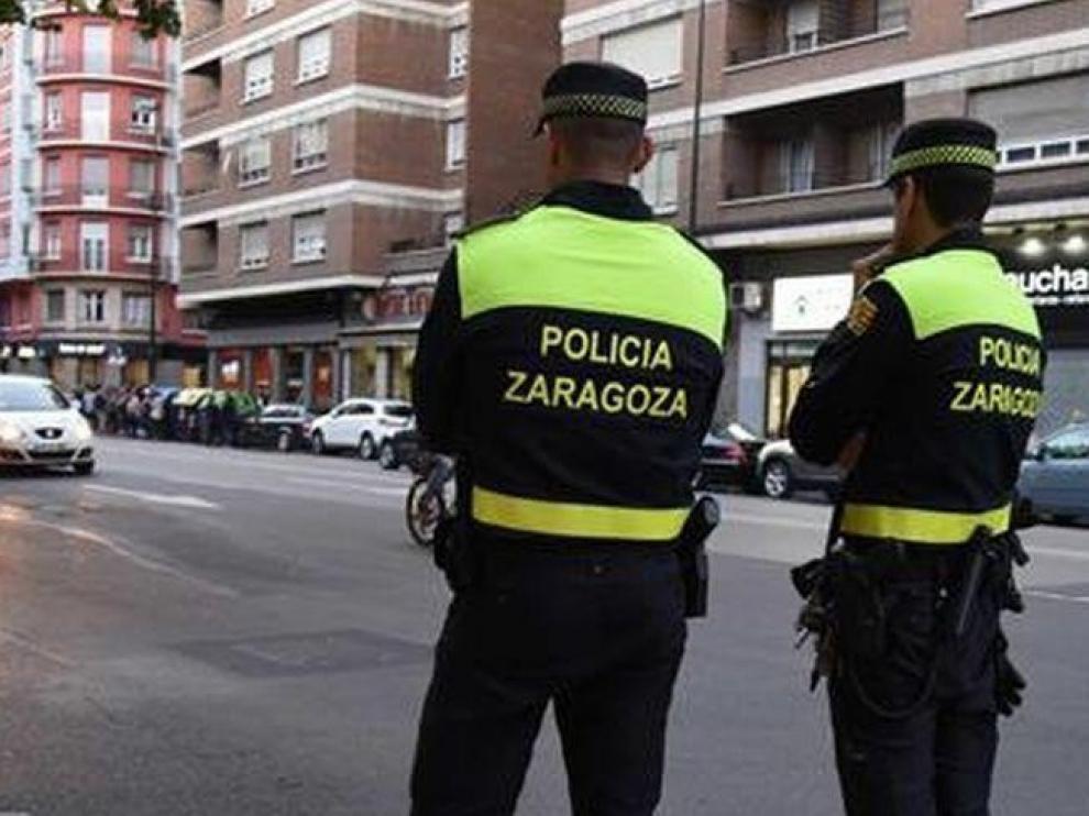Detenido por agredir a su cónyuge en la vía pública en Zaragoza