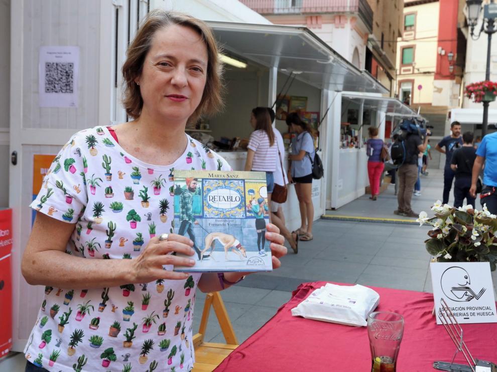 """Marta Sanz muestra """"cosas cotidianas que a veces no vemos"""" en su libro """"Retablo"""""""