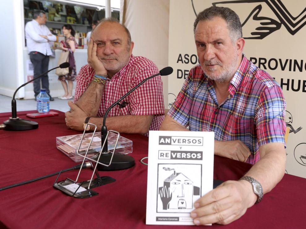 Mariano Coronas despliega en la Feria del Libro de Huesca sus mejores versos