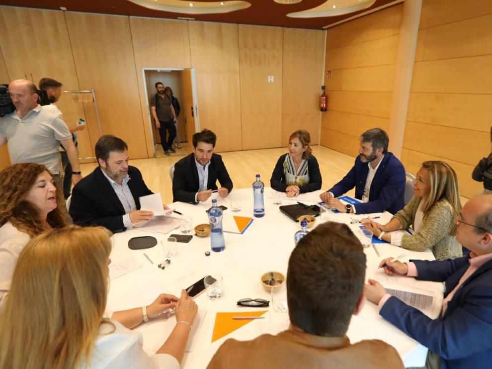 """PP y Cs aprecian una """"sintonía total"""" de cara a un acuerdo de gobernabilidad para el Ayuntamiento de Huesca"""