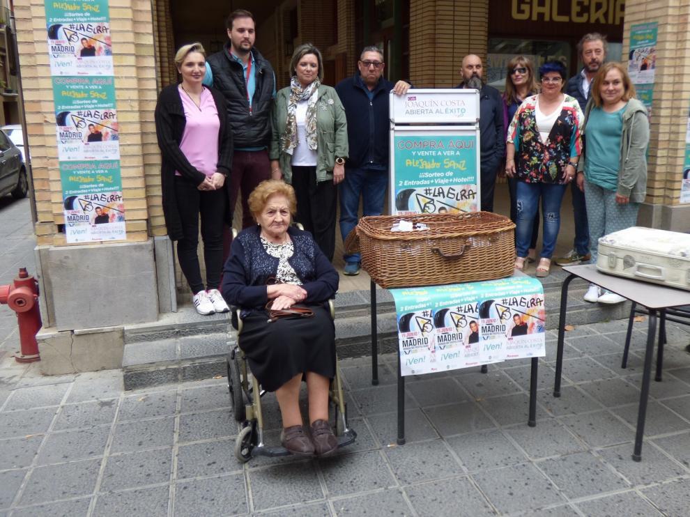 Los comerciantes de la calle Joaquín Costa de Barbastro quieren recuperar su identidad