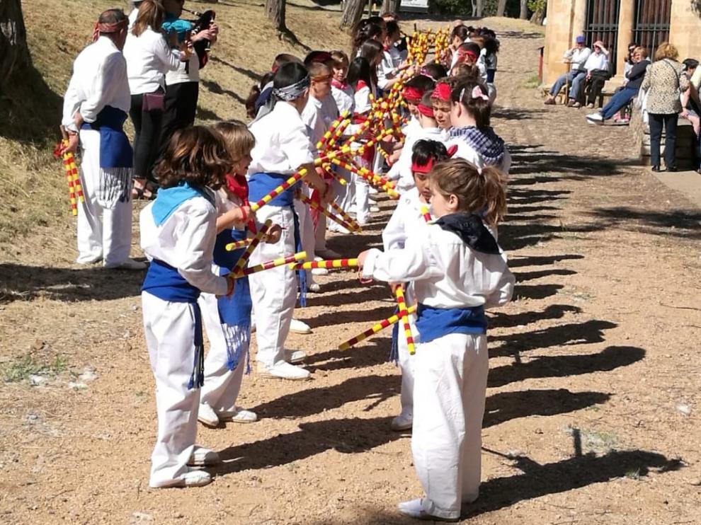 Tradición y emoción para honrar este sábado a San Medardo en las fiestas de Benabarre