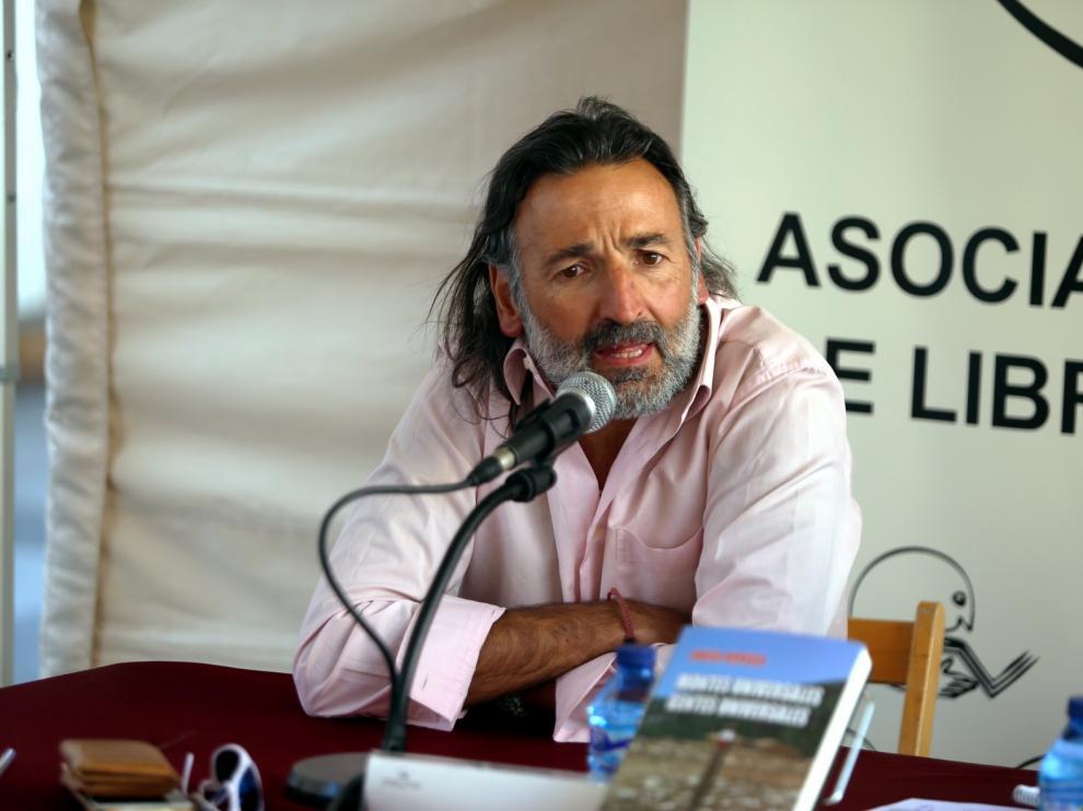 Javier Arruga presenta un recorrido emocional por Teruel en su nueva obra