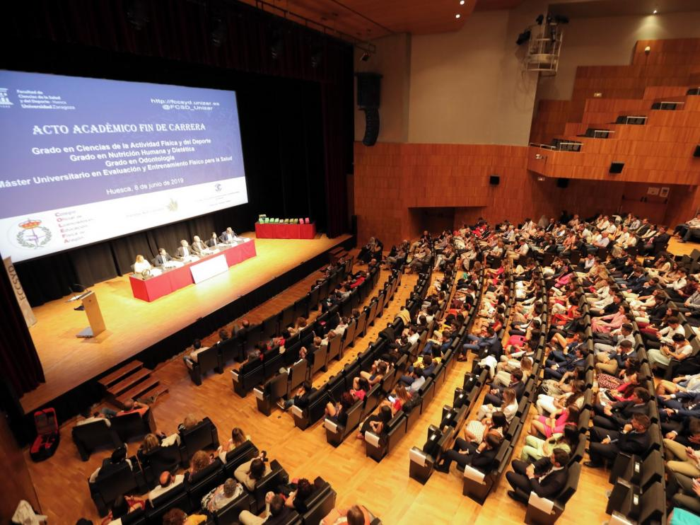 La Facultad de Ciencias de la Salud despide en Huesca a los más de 150 alumnos que finalizan estudios