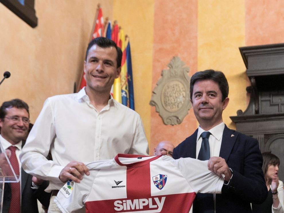 Los patrocinadores redoblan el ánimo y la ilusión por el Huesca
