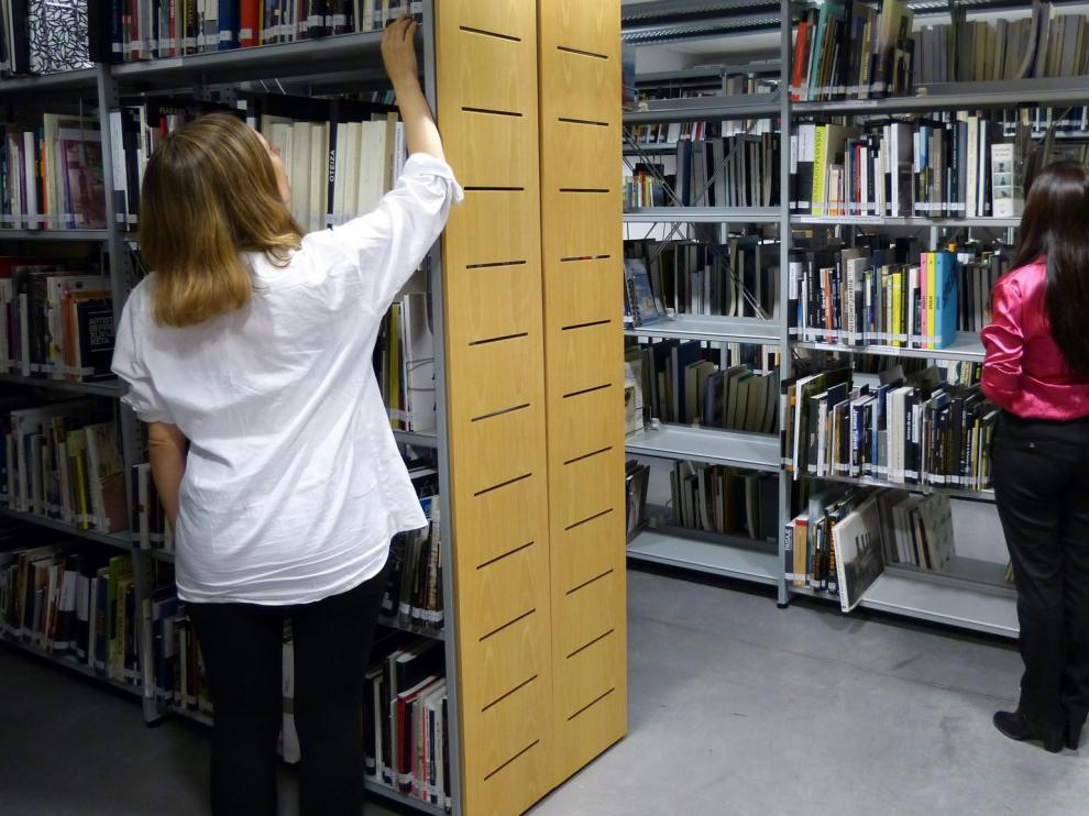 El CDAN recupera su centro de documentación con más de 6.000 volúmenes