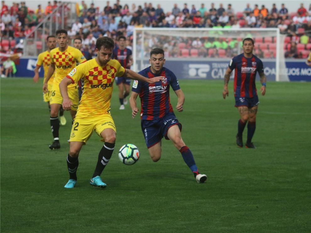 """El Huesca ratifica su """"total y absoluta confianza"""" en los jugadores y niega que haya """"existido pacto o acuerdo alguno en ningún partido"""""""