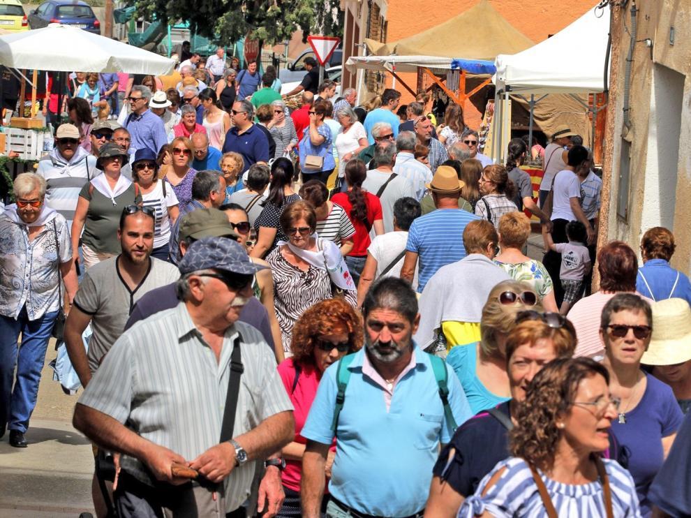 La gran calidad del producto acompaña el 20 aniversario de la Feria de la Cereza de Bolea