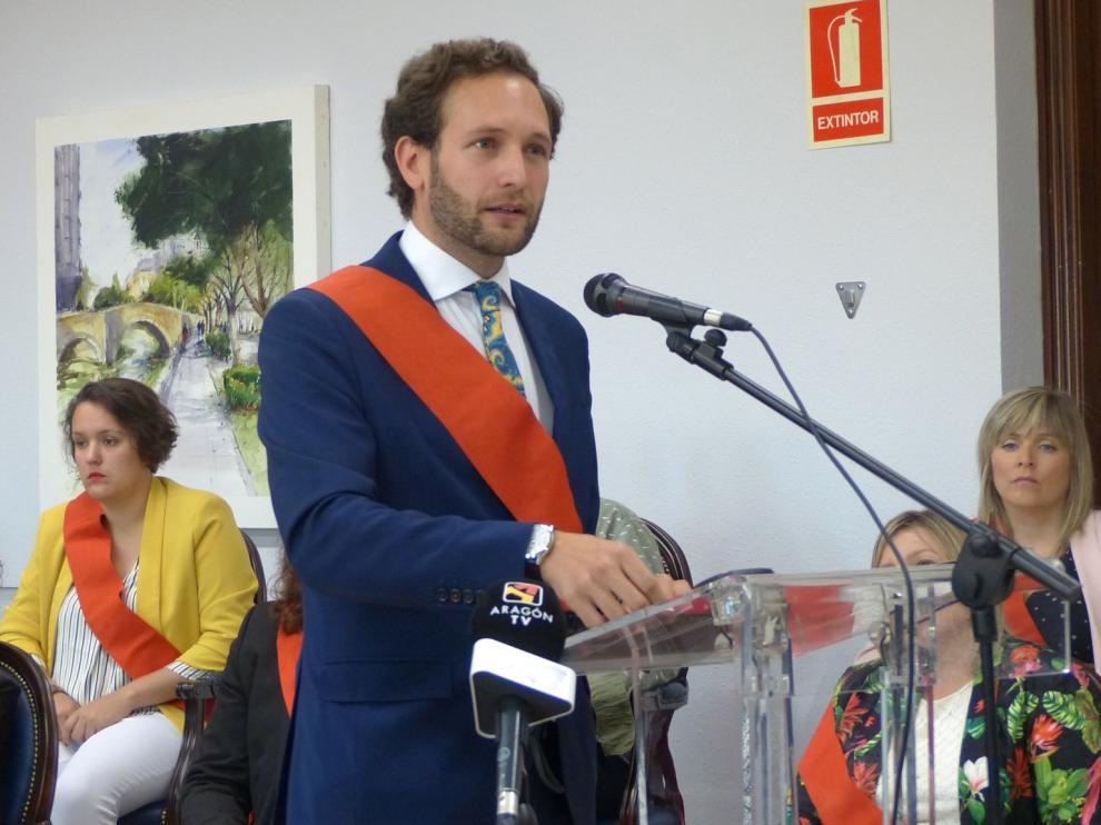 Isaac Claver es elegido alcalde de Monzón tras la constitución del Ayuntamiento