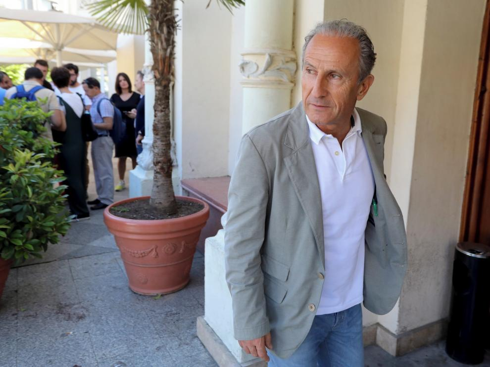 Petón niega la existencia de una ayuda de la RFEF al Huesca