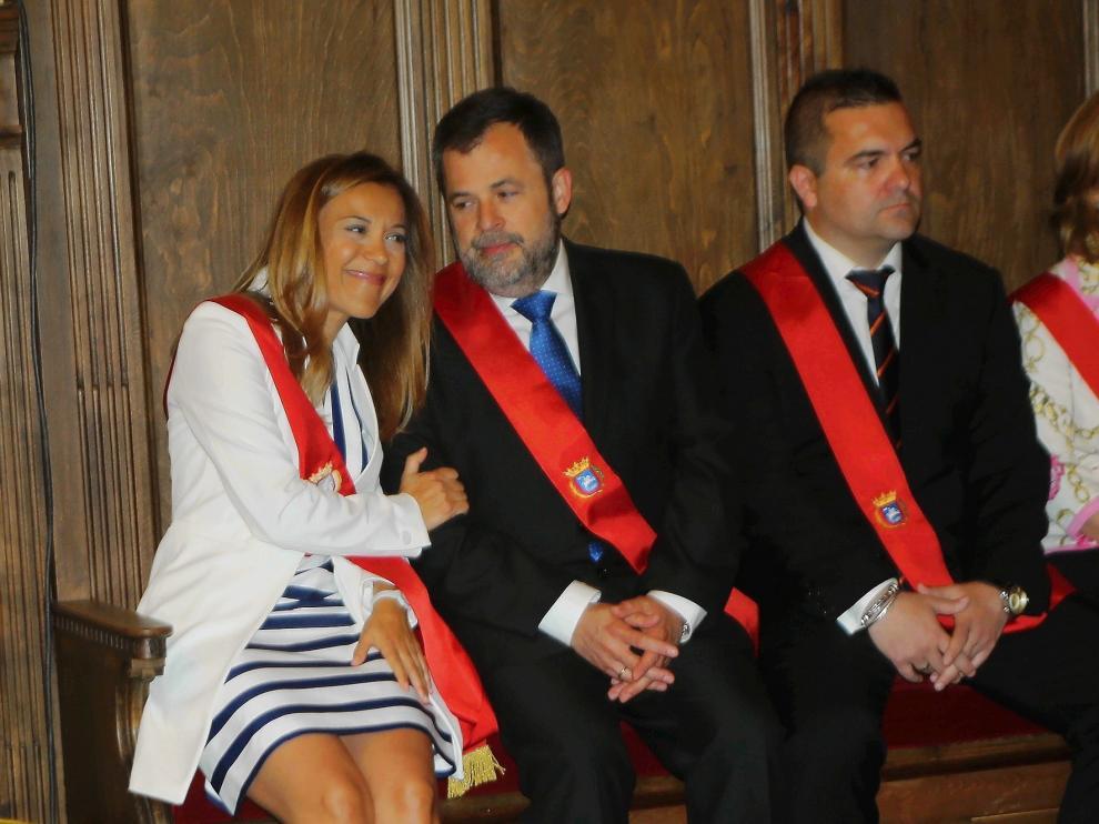 Javier Maroto propone una moción de censura en el Ayuntamiento de Huesca que es acogida con escepticismo