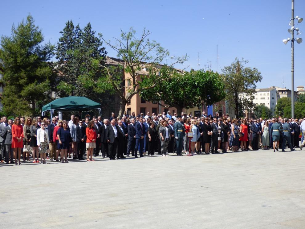 Emotiva jura de bandera civil en Barbastro ante mil personas