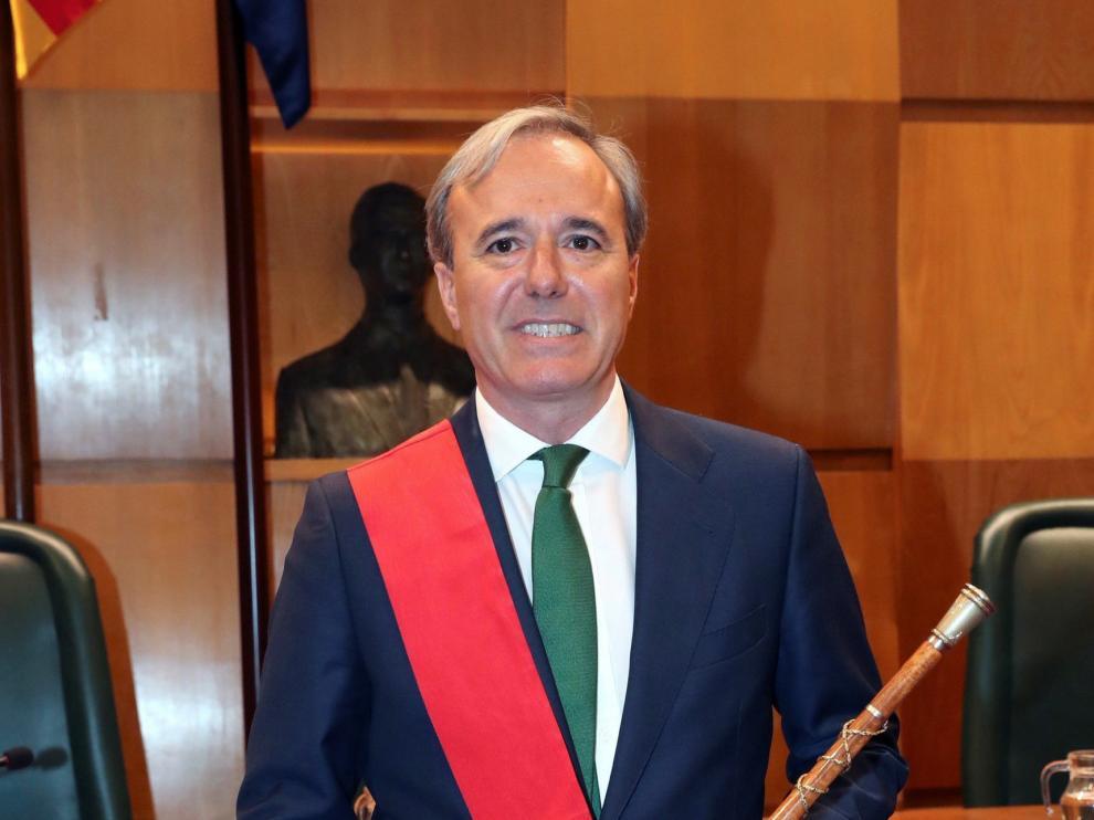 Azcón traslada a Madrid la decisión respecto a Vox