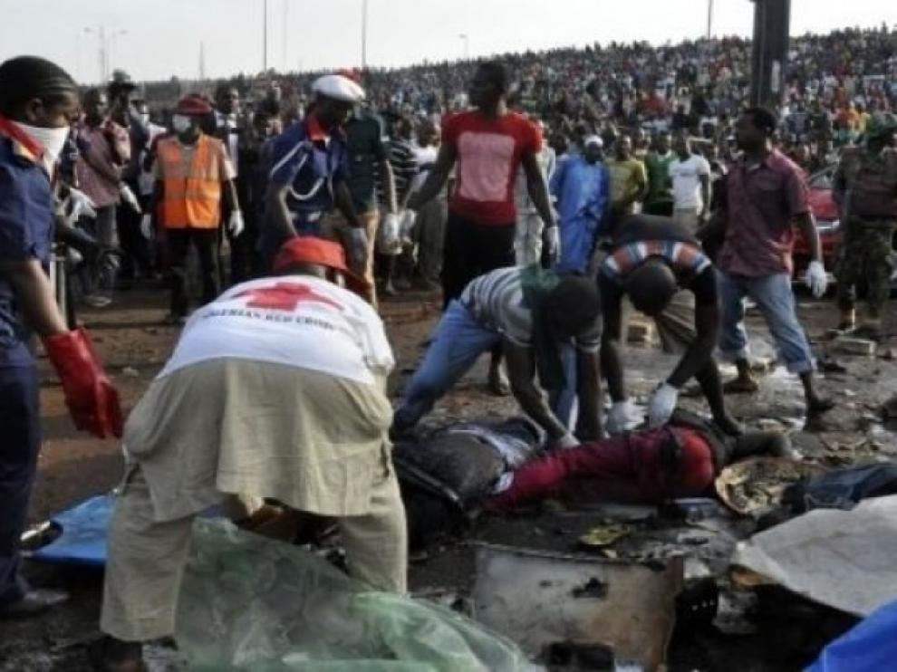 Aumentan a 30 los muertos en un triple ataque suicida en el noreste de Nigeria