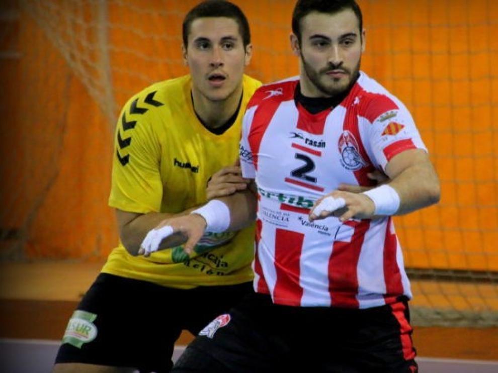 El pivote Iván Montoya, más juventud para el Bada Huesca