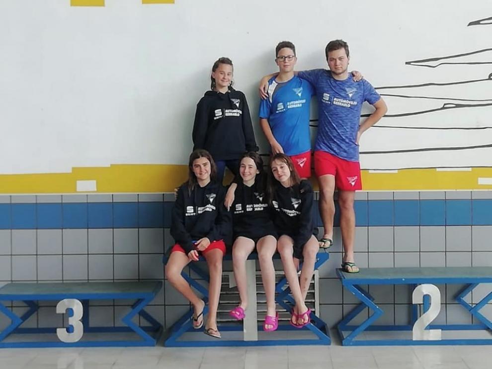 Los cinco clubes de natación de la provincia de Huesca, a buen nivel en el Autonómico