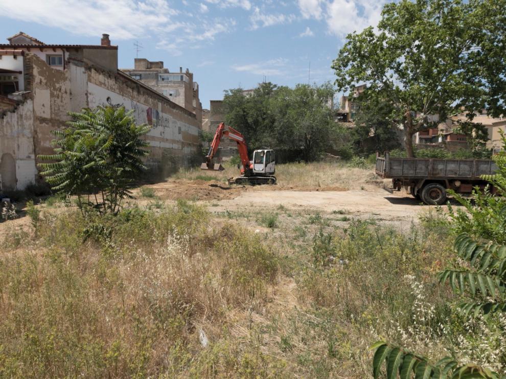 Comienzan a realizarse movimientos en el solar del antiguo cuartel de La Merced de Huesca