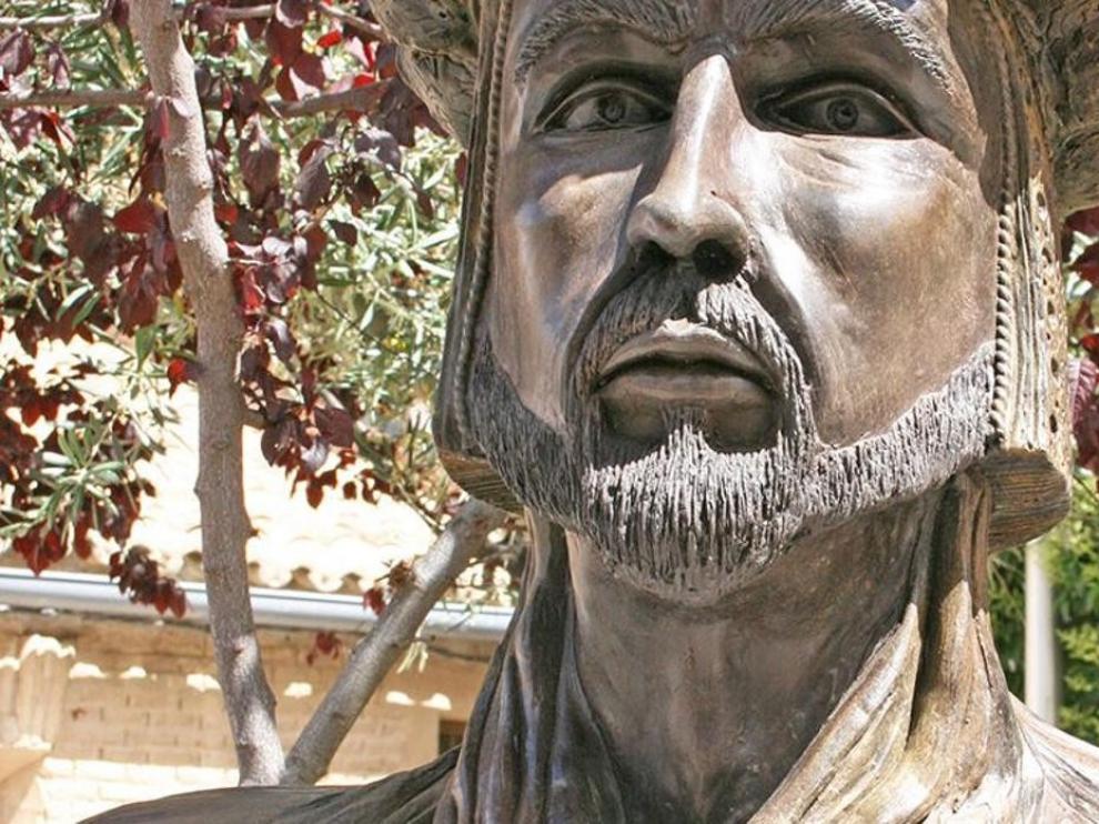 Polémica por la retirada de un busto de Abderramán III