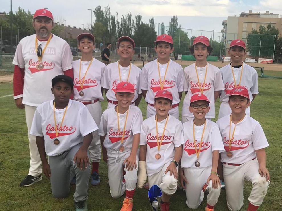 Los Jabatos Sub 11 del CB Huesca ganan los Escolares