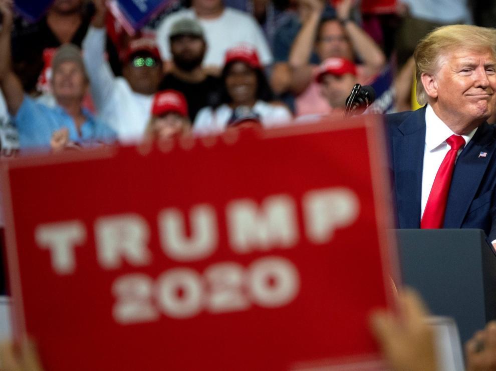 """Trump convoca un """"terremoto en las urnas"""" al abrir campaña para reelección"""