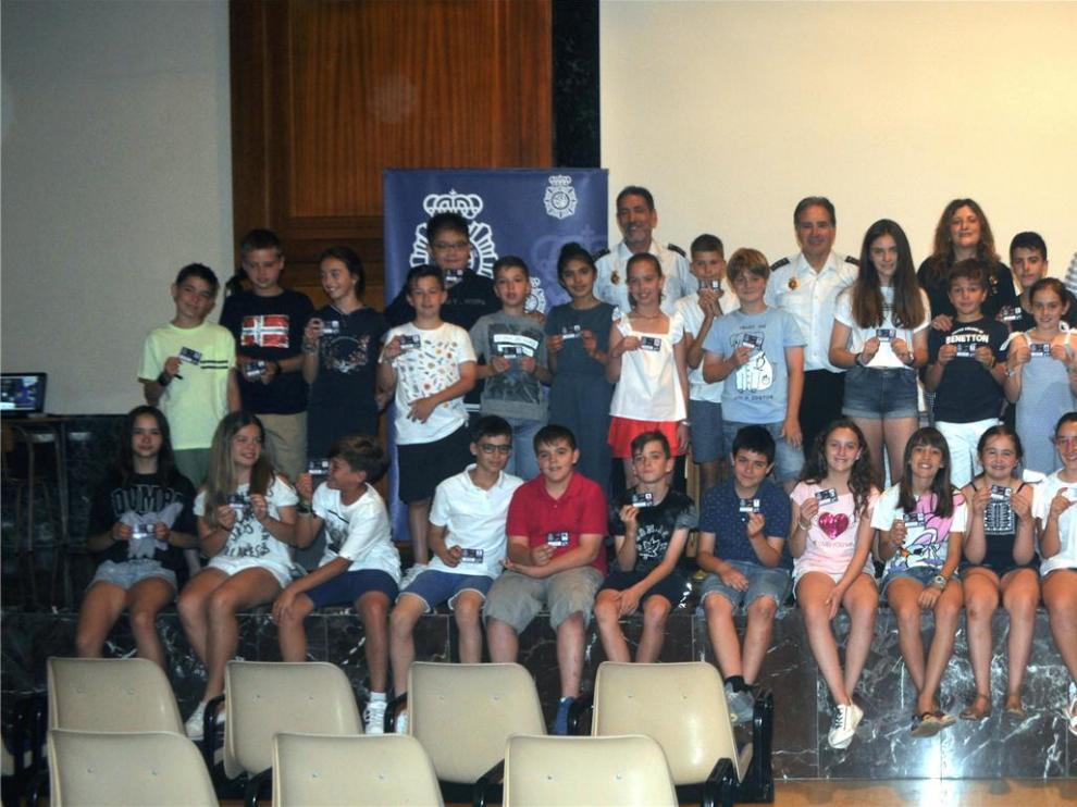 Casi 50 alumnos de Primaria de Huesca se forman en el uso adecuado de Internet