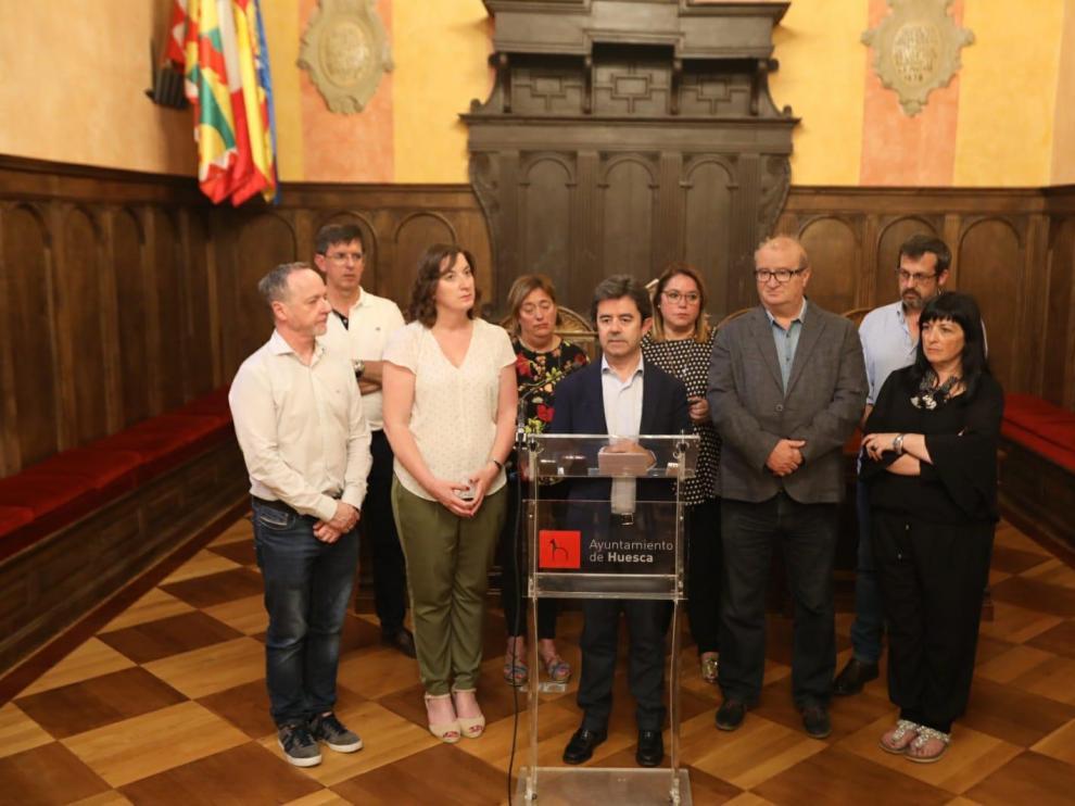 El alcalde de Huesca, abierto a acuerdos puntuales con PP y Ciudadanos tras el fracaso de la moción de censura