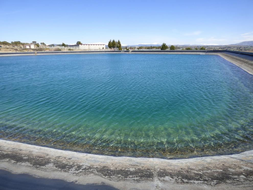 El abastecimiento de agua en Barbastro pasa a manos de la empresa Tecvasa
