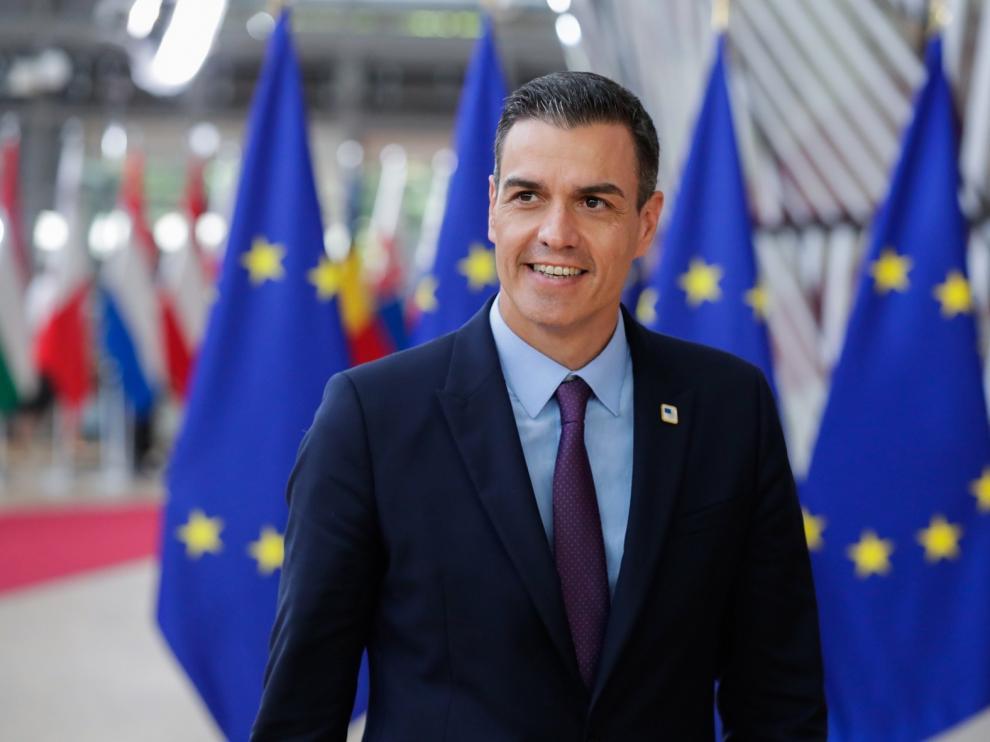 Sánchez aumenta la presión sobre PP y Cs ante su investidura