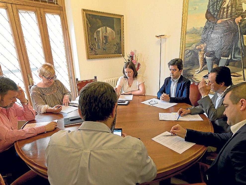 """Cadena irá a la reunión con Luis Felipe """"a escuchar como grupo de oposición"""""""