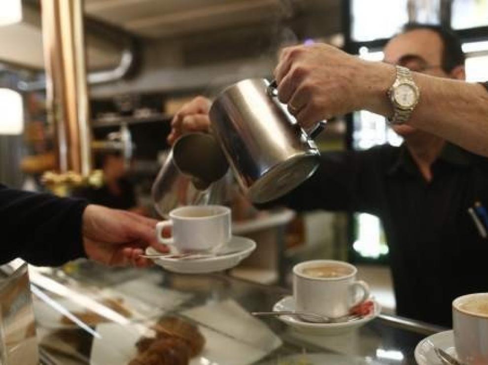 El sueldo más habitual en España se dispara un 6 por ciento en un año