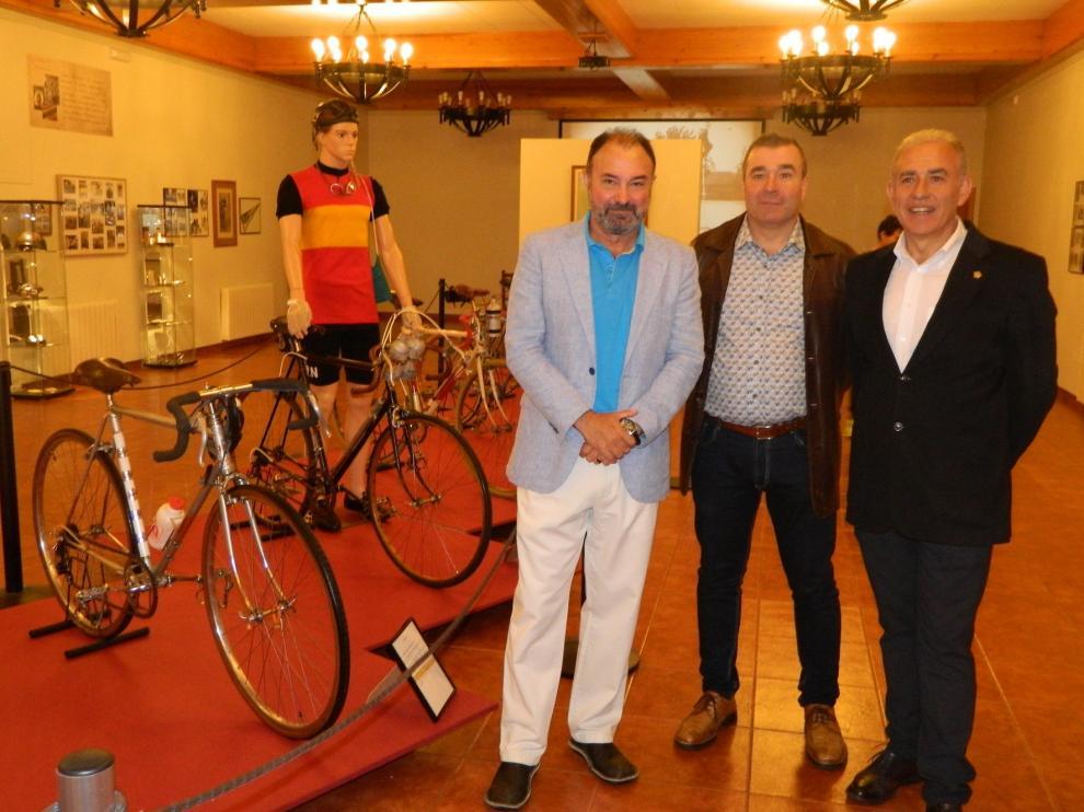 La Ciudadela de Jaca muestra la evolución de la bicicleta