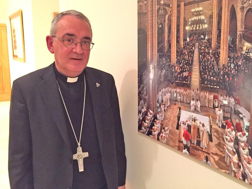 El obispo Ángel Pérez califica de drama la caída de los nacimientos