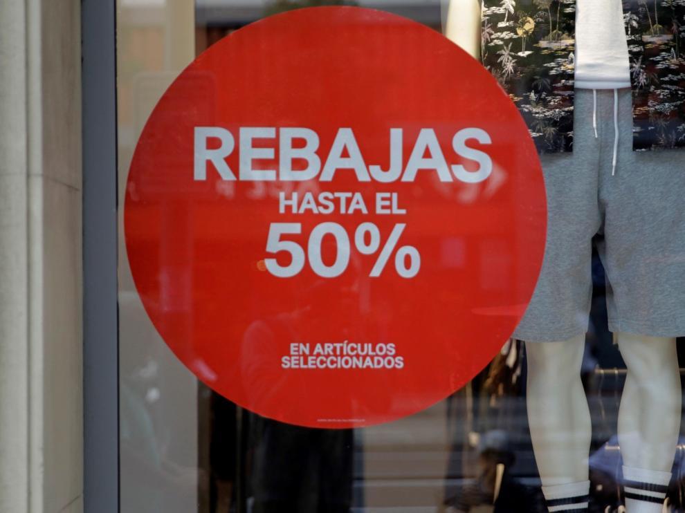 Rebajas verano crearán en Aragón cerca de 6.000 empleos, un 9,2 % más