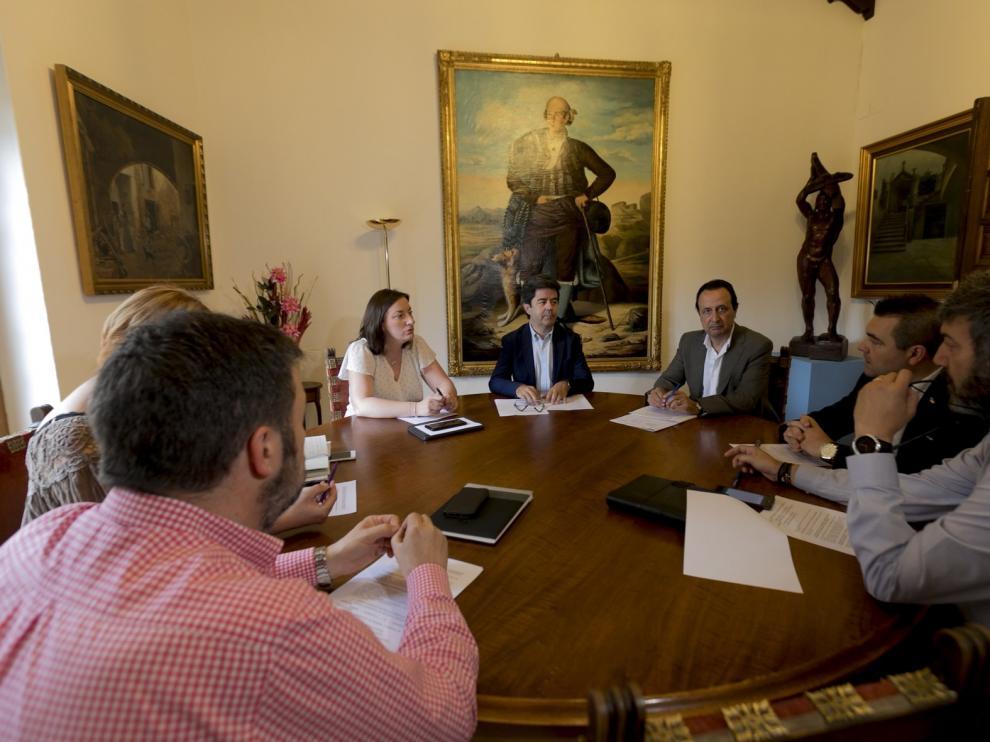 Luis Felipe reduce sus áreas para adecuarse a un gobierno en minoría