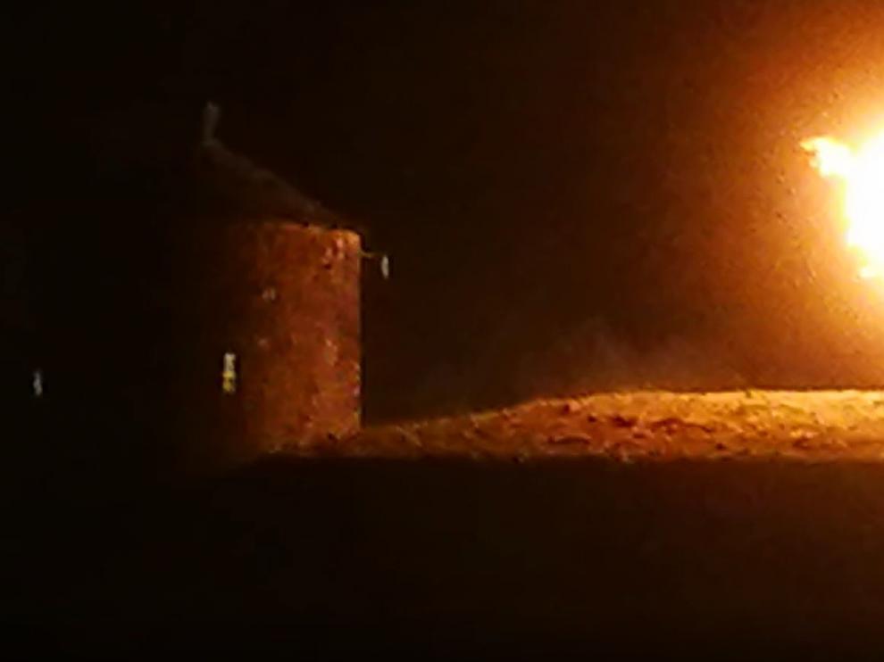 Un incendio obliga a suspender los fuegos artificiales del día grande de las fiestas de Jaca