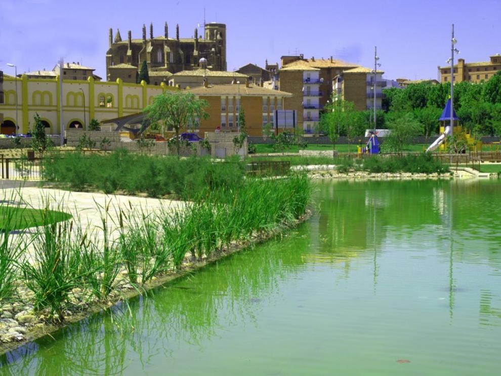 Se sumerge en un estanque de Huesca para huir de la policía y es detenido al salir a respirar