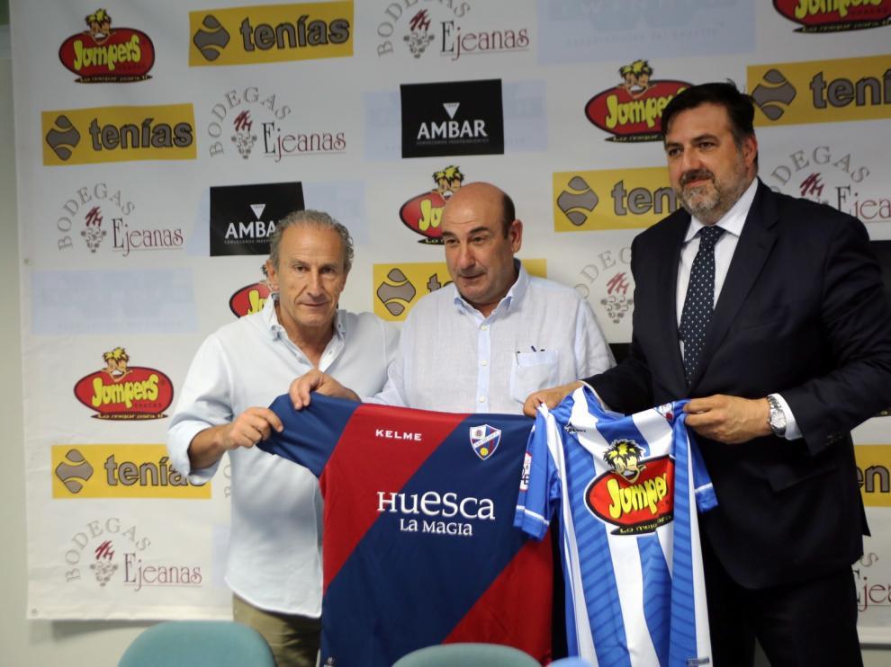 """Huesca y Ejea firman un acuerdo de """"territorio"""""""