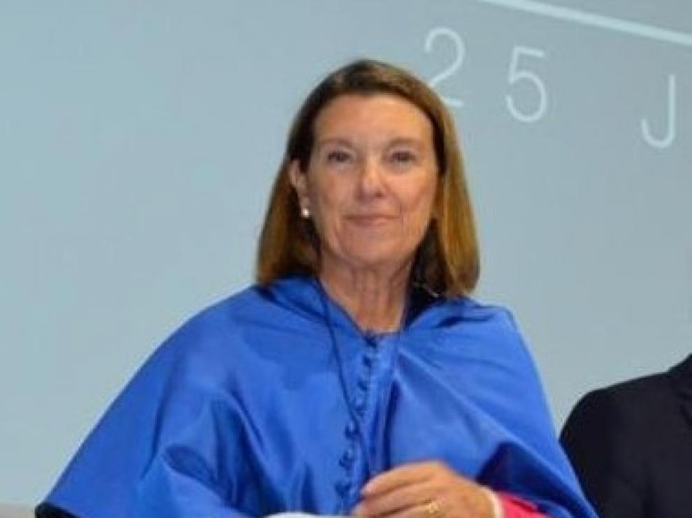 La serrablesa Carmen Claver, investida Doctor Honoris Causa en Toulouse