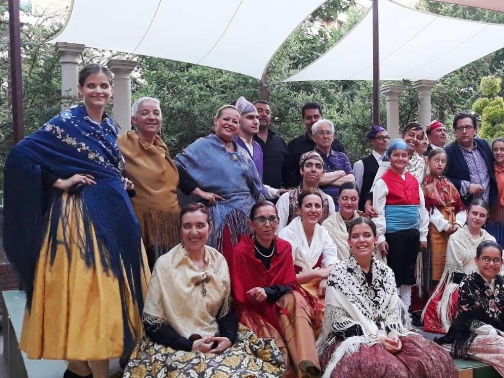 "Alborozo estrena la ""Jota de las Ermitas"" en Huesca"