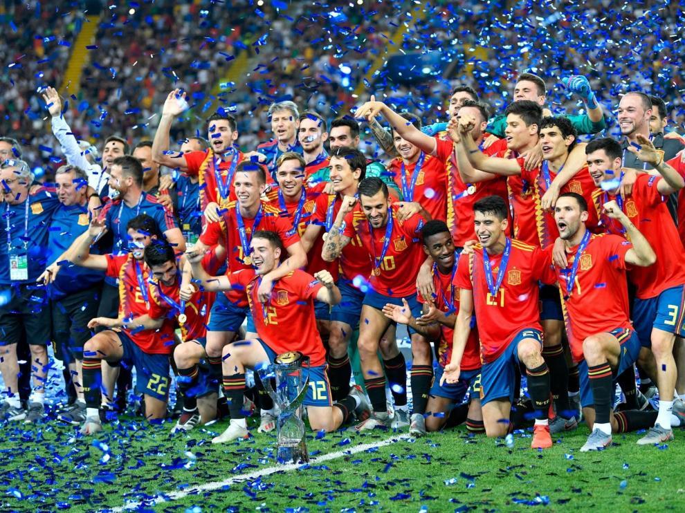 España logra su quinta corona