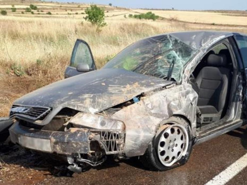 Fallece un hombre en un accidente de tráfico al salirse de la vía en Tarazona