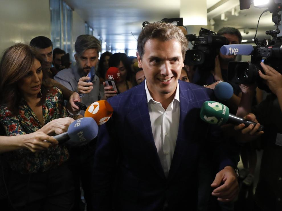 Rivera recalca que no verá más a Sánchez y le pide que negocie con sus socios