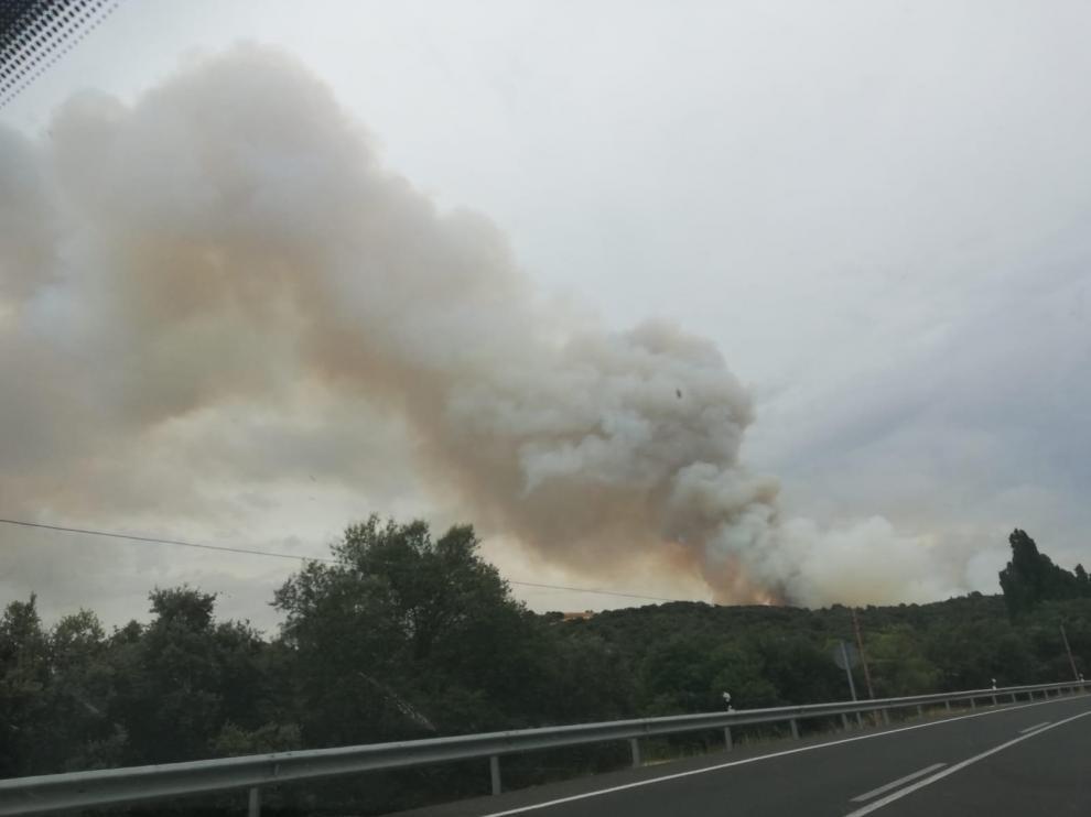 Controlado el incendio forestal declarado en Alcampell y Baells tras calcinar 80 hectáreas