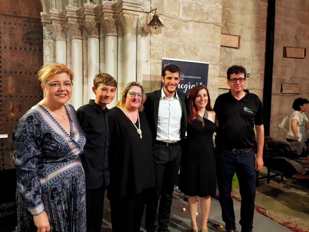 Castejón de Monegros se rinde al piano ante la destreza de los jóvenes