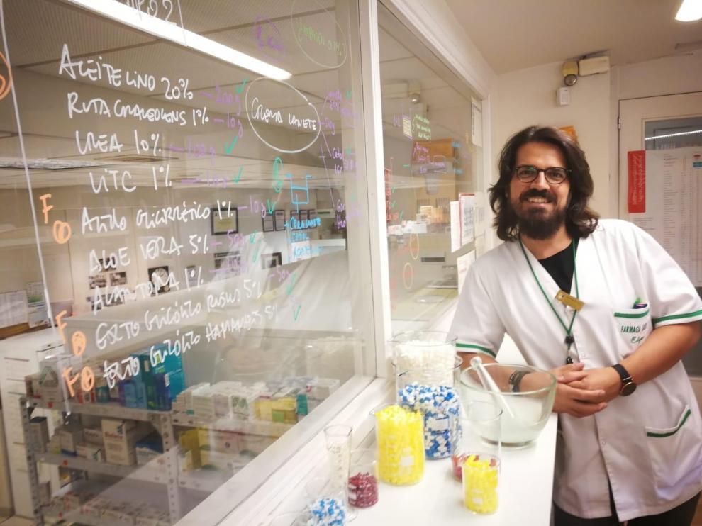 """Edgar Abarca: """"En ocasiones, el fármaco industrial no es la mejor opción terapéutica"""""""