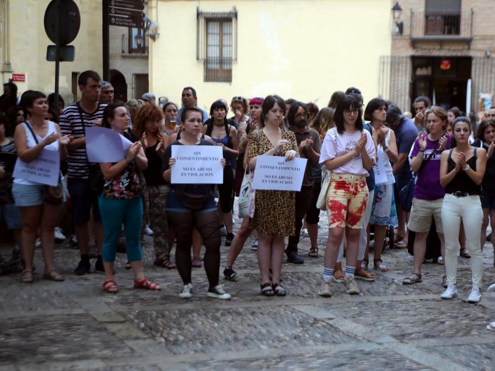 Concentraciones en la provincia de Huesca por la menor agredida