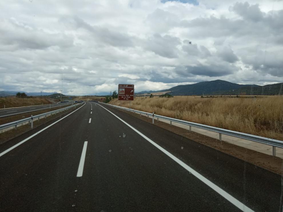 Se pone en servicio el tramo de la A-21 Jaca-Santa Cilia y Ábalos anuncia que el siguente hasta Puente la Reina se abrirá a final de año