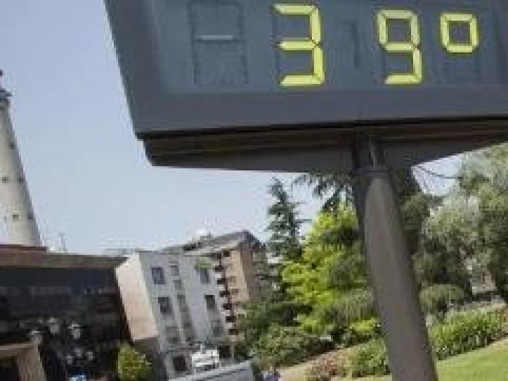 Aviso naranja por temperaturas máximas al sur de la provincia de Huesca y amarillo en el Pirineo